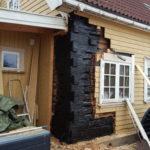 Tjærebehandlet ny tømmer